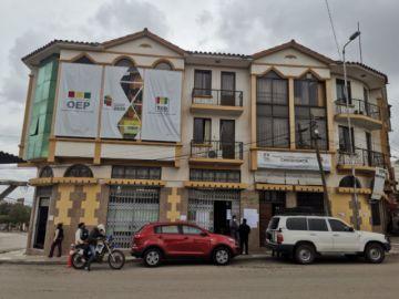 Dos candidatos inhabilitados y un sustituido en la carrera por la Alcaldía de Sucre y la Gobernación