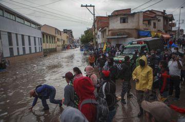 A tres semanas de la tragedia en el mercado Campesino… ¿Llegó la ayuda?