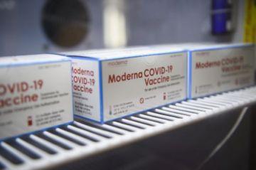 Segunda dosis de vacuna anticovid-19 de Moderna puede administrarse a las seis semanas