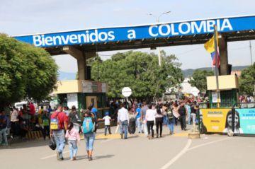 Colombia pide ayuda internacional para vacunar a un millón de venezolanos indocumentados