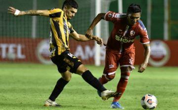 Debut catastrófico de Royal Pari en la Copa Libertadores