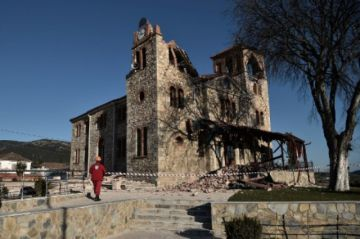 Un sismo de magnitud 6,3 sacude el centro de Grecia