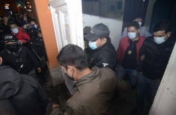 Coimbra y Guzmán llegan a La Paz y declaran en la Fiscalía