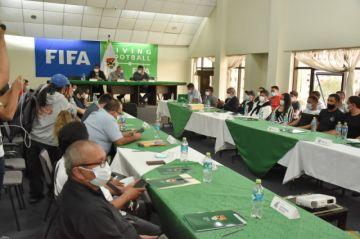 FBF y futbolistas firman acuerdo para garantizar el desarrollo normal del Torneo 2021