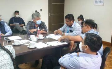 Agua: Ministro abre mesa de diálogo y anuncia inversión de más de Bs 23 millones en Sucre