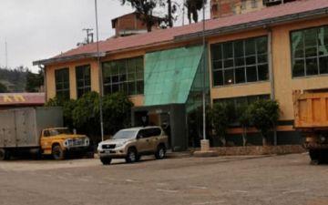 Arce cumple visita fugaz a Sucre para reunirse con organizaciones afines al MAS