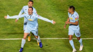 Bolívar cumple, arrolla a Wanderers y avanza en la Libertadores