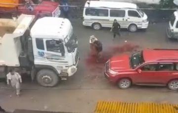 Un transportista pierde una mano tras la explosión de una dinamita en Yungas