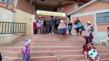 Postergan inicio de clases semipresenciales en D-3 de Sucre por incumplimiento de requisitos