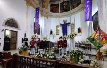 Los restos de monseñor Jesús Pérez se velan en Sucre