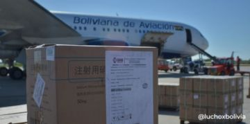 Arce anuncia que el lunes llegarán a Bolivia 200 mil dosis de la vacuna Sinopharm