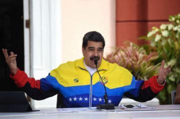 Facebook castiga por un mes a Maduro por desinformación relacionada al covid-19