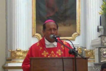 "Arzobispo: ""Caminar con Jesús implica un compromiso total"""