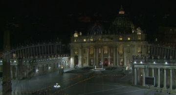 Sigue el Vía Crucis con el papa Francisco en la plaza de San Pedro