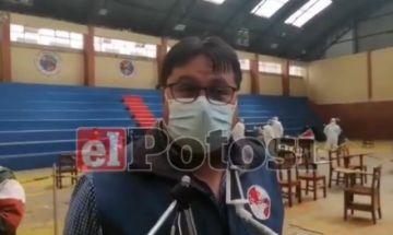Potosí: Se vacunó contra el covid, consumió bebidas alcohólicas y terminó internado