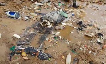 Hallan cadáver durante la limpieza del lago Uru Uru