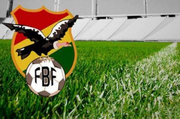 Fútbol boliviano suspende quinta fecha por líos entre dirigentes y jugadores