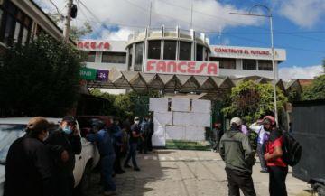 Trabajadores de Fancesa instalan vigilia ante anuncio de reestructuración