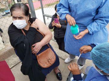 Sucre comienza a vacunar contra el covid-19 a los mayores de 80 años