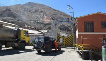 Atrapados 51 jucus en el interior de la mina de Huanuni