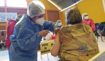 Sucre: Convocan a mayores de 60 años para vacunación anticovid este sábado