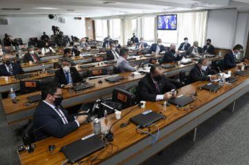 Senado de Brasil investiga la gestión de la pandemia por Bolsonaro