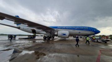 Covid-19: Aerolíneas Argentinas suspende vuelos a Bolivia hasta el 21 de mayo