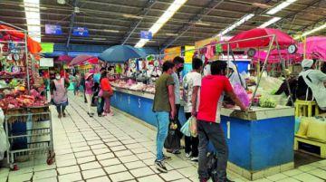 Suben los precios de las carnes de pollo y de cerdo en los mercados de Sucre