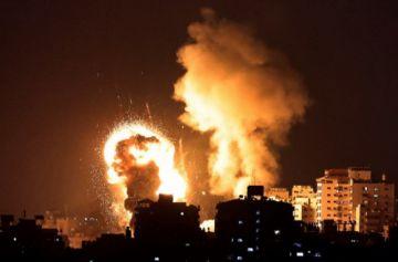 Gaza lanzó más de 100 cohetes hacia Israel, que respondió con bombardeos