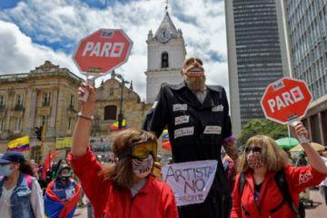 Colombianos vuelven a protestar contra Duque