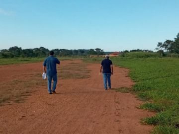 Operaciones suspendidas en aeropuerto de San Ignacio de Velasco por avasallamiento de tierras