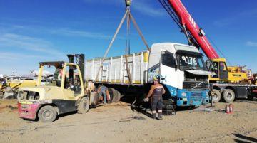 Destruyen vehículos incautados por la Aduana en El Alto