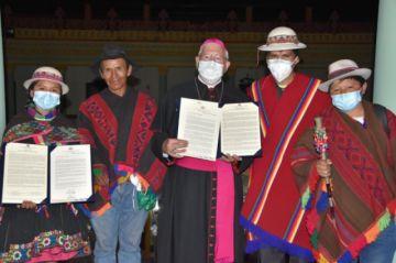 El Senado reconoció la labor pastoral de monseñor Jesús Juárez