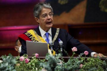 Lasso es investido como presidente de Ecuador por el Congreso