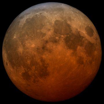 Eclipse total de Luna y Superluna de las flores se observarán la madrugada del miércoles