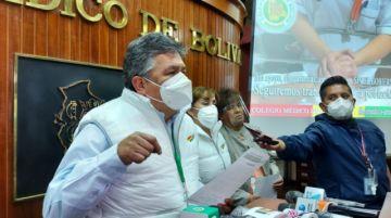 """Conasa suspende paro de 48 horas y advierte que Bolivia atraviesa la """"peor situación"""" por la pandemia"""