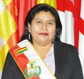 ALD nombra Gobernadora interina; CST anuncia regreso de Damián y ve exceso de atribuciones