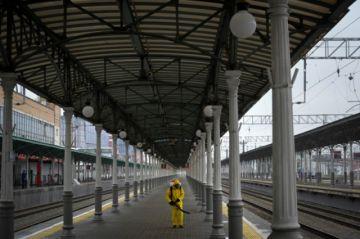 Alcalde de Moscú decreta feriado durante una semana para frenar contagios de covid-19