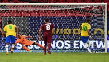 Brasil derrota 3-0 a la diezmada Venezuela en la apertura de la Copa América 2021
