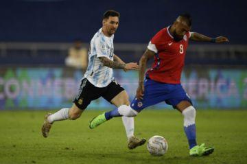 Argentina y Chile empatan 1-1 en su estreno en la Copa América de Brasil