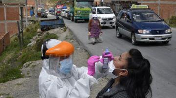 Salud reporta reducción de casos de covid-19 en Bolivia, pero un incremento en Chuquisaca