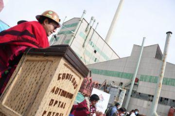 Gobierno proyecta producir oxígeno en las plantas de Karachipampa, Río Grande y Bulo Bulo