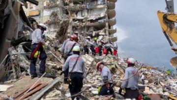 Se eleva a cinco el balance de fallecidos en derrumbe de un edificio en Florida