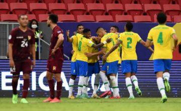 Brasil a seguir su marcha perfecta; Perú, Venezuela y Ecuador, dos boletos para tres
