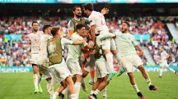 España gana un partidazo y se anota en cuartos de la Eurocopa