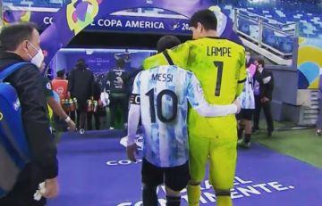 """Lampe sobre su abrazo con Messi: """"Admiración y respeto"""""""
