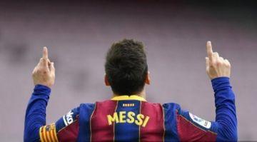 Messi ya es jugador libre y mantiene en vilo al planeta fútbol