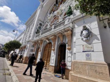 Gobernación de Chuquisaca obligará a sus funcionarios a vacunarse