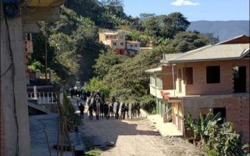 Reportan la muerte de un policía en enfrentamientos en los Yungas