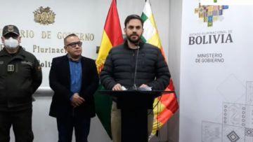 Gobierno confirma deceso de policía en los Yungas y convoca a diálogo